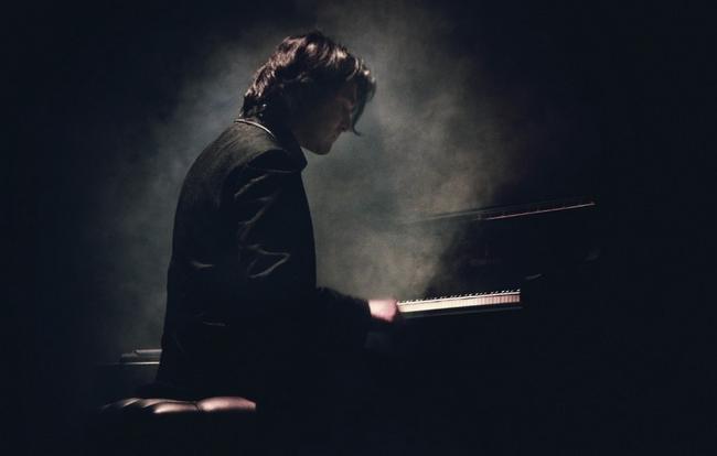 maxence-cyrin-nocturnes Maxence Cyrin - Nocturnes (Solo Piano)