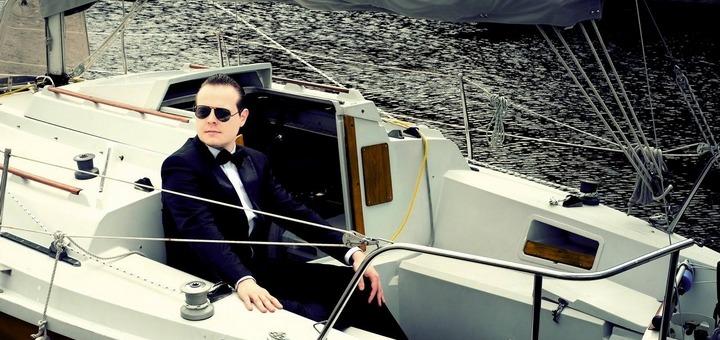 Benjamin Schoos en bateau