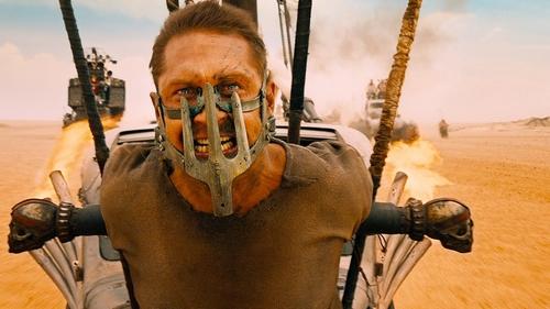 mad-max-fury-road-tom-hardy-939415 Les meilleurs films de l'année 2015 selon la presse, les blogs et les webzines