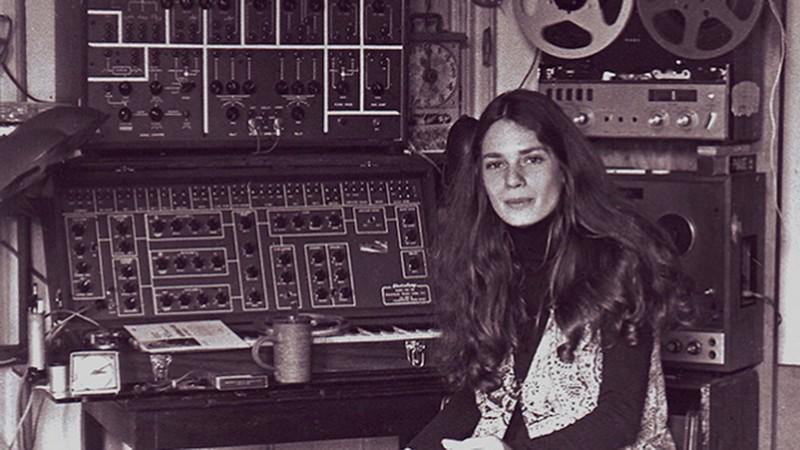 laurie-spiegel Les pionniers de la musique électronique ambient rassemblés dans une compilation