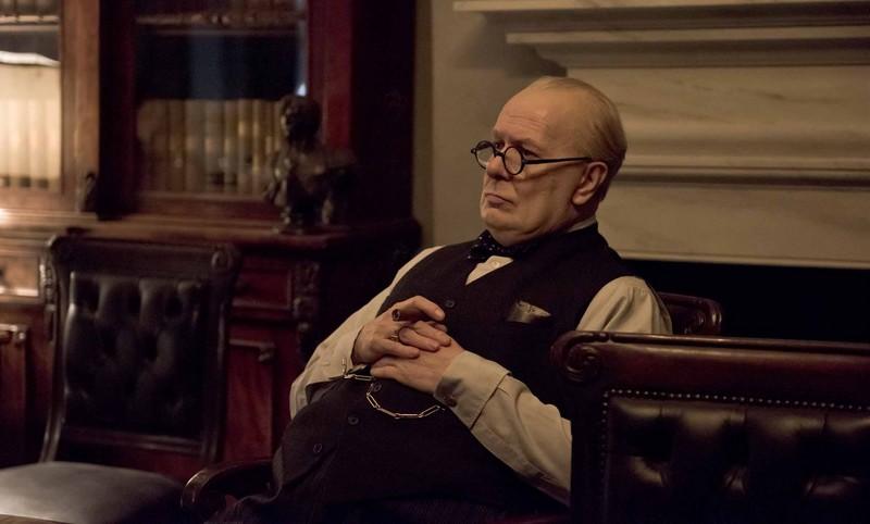Gary-Oldman Les heures sombres : deux longues heures à la gloire de Winston Churchill