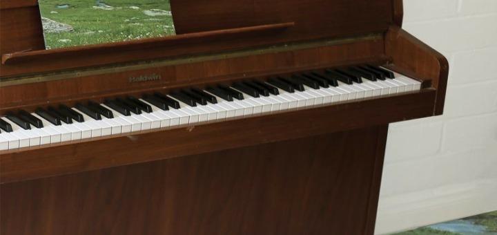 Grandaddy – The Sophtware Slump ..... on a wooden piano