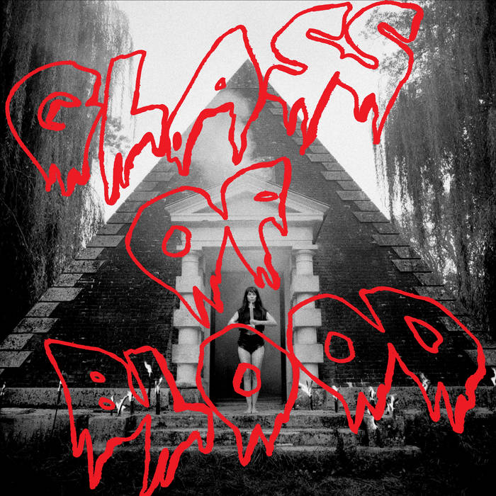 a4289494470_16 Lisa Li-Lund – Glass of Blood